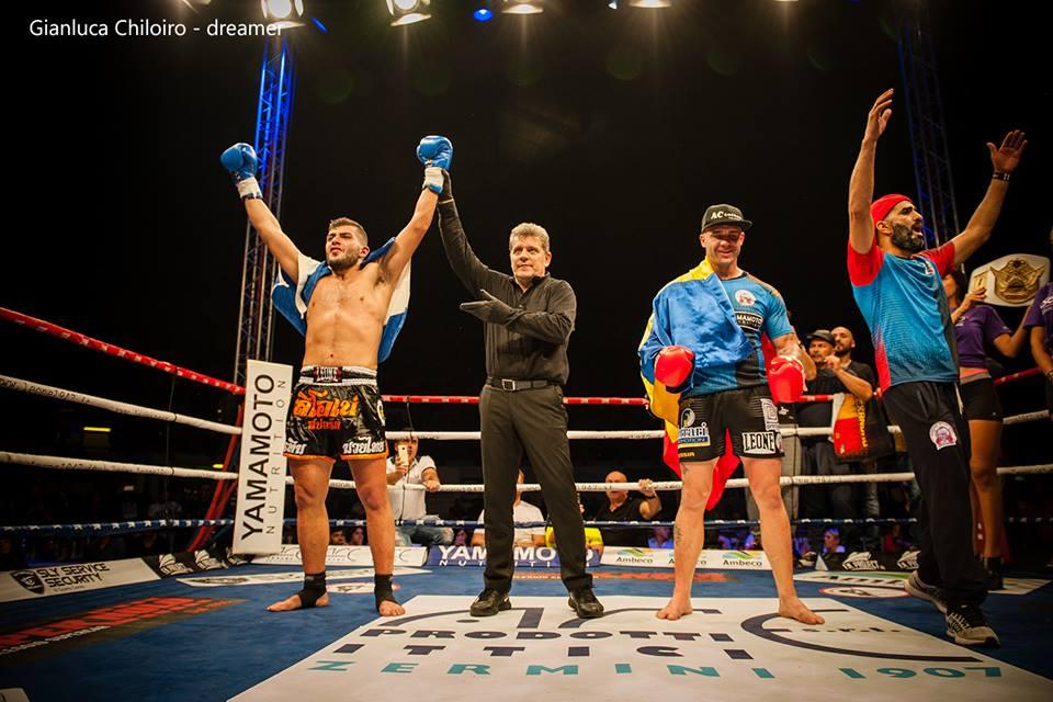 [VIDEO] Στην κορυφή της Ευρώπης του επαγγελματικού Kick Boxing ο 20χρονος Έλληνας αθλητής της Theofanous Elite Team,  Αντώνης Αρμενατζόγλου.